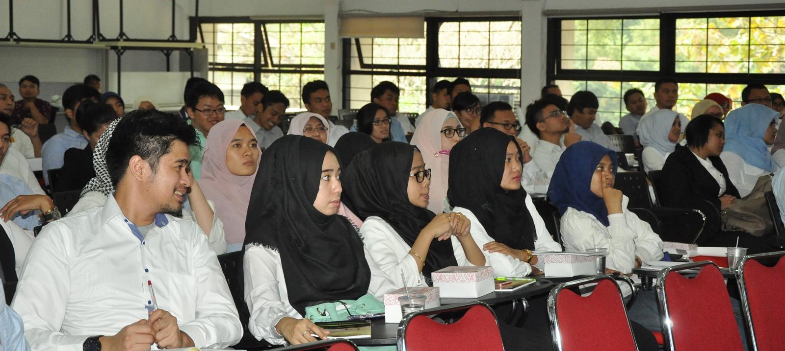 Pengenalan Mahasiswa Baru FTSL 2015/2016
